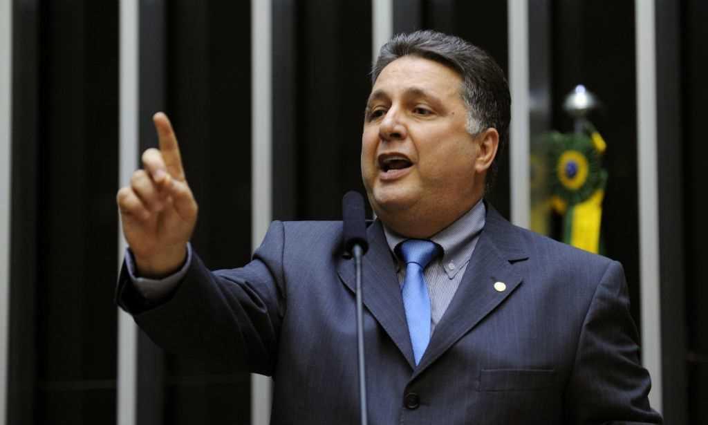 Policia Federal prende ex-governador do Rio de Janeiro