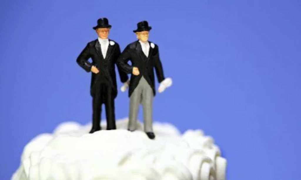 Casamentos gays crescem mais do que entre homens e mulheres, segundo IBGE