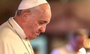 Resultado de imagem para Papa deseja paz neste Natal para vítimas da guerra e do terrorismo