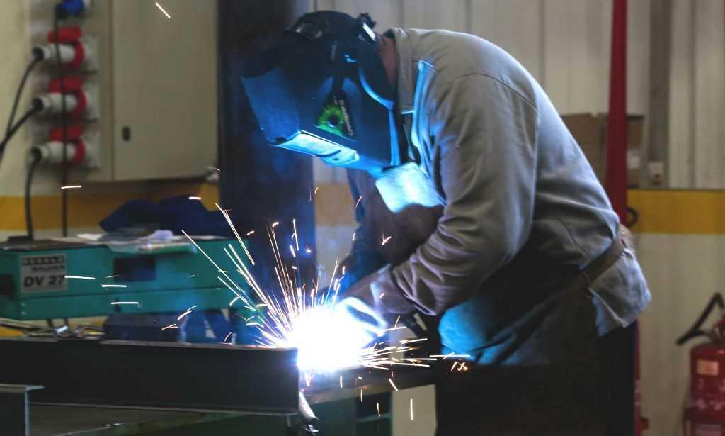 Utilização da capacidade da indústria atinge 65,8% em dezembro, diz Abimaq