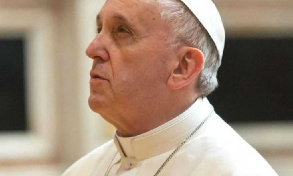 Papa pede que Jogos Olímpicos tornem o Brasil