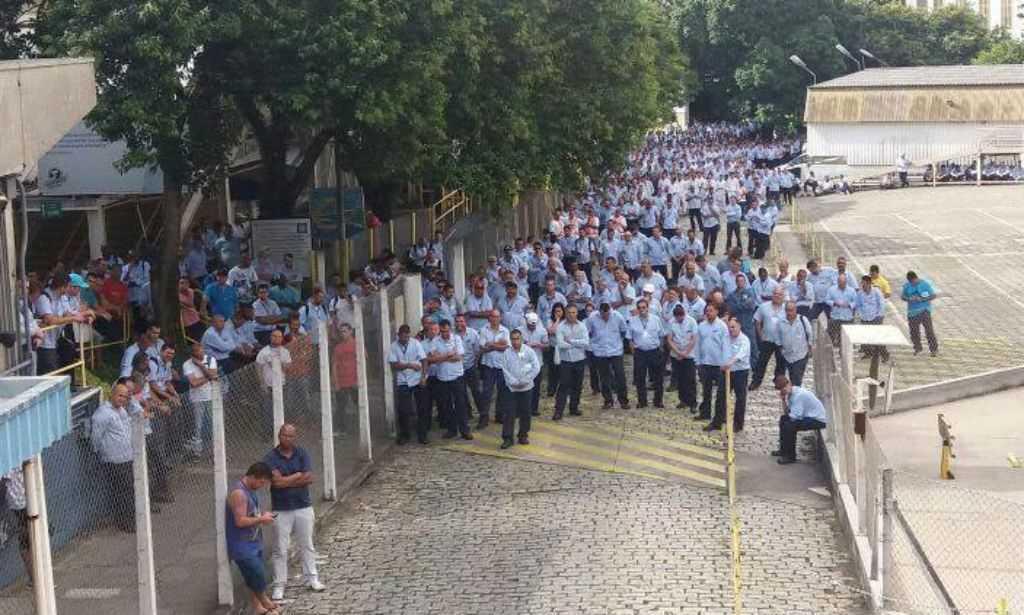 Resultado de imagem para GM abre PDV scs hoje e prorroga em 70 dias lay-off de 754 operários