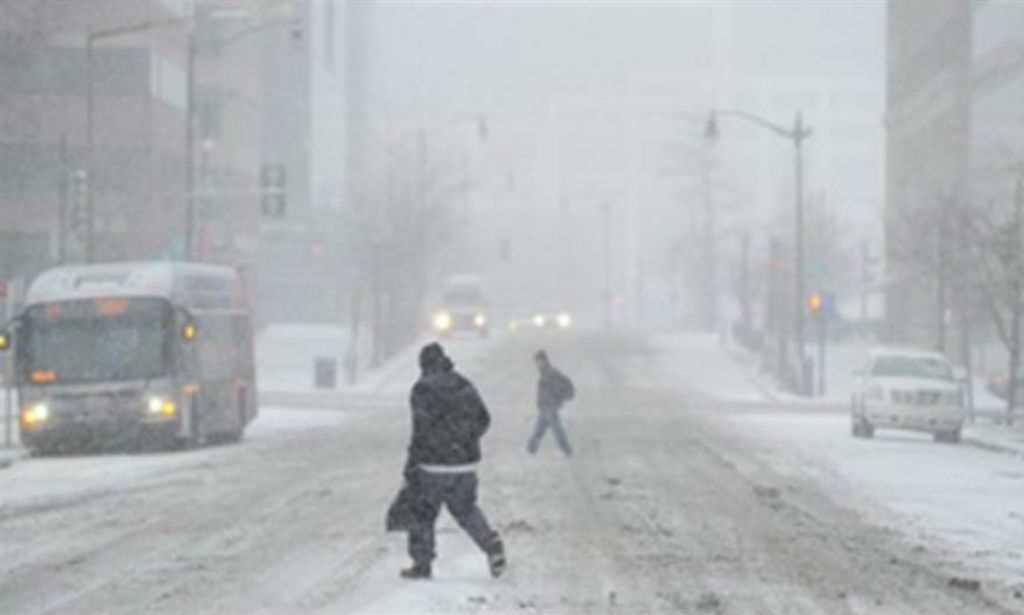 EUA se preparam para forte nevasca; milhares de voos são cancelados