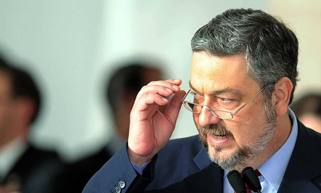Palocci negocia delação premiada; advogado deixa defesa do ex-ministro — Lava Jato