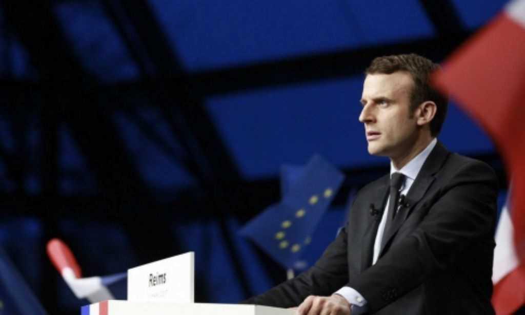 Vídeo: Macron recebe Putin em Versalhes com terrorismo na agenda