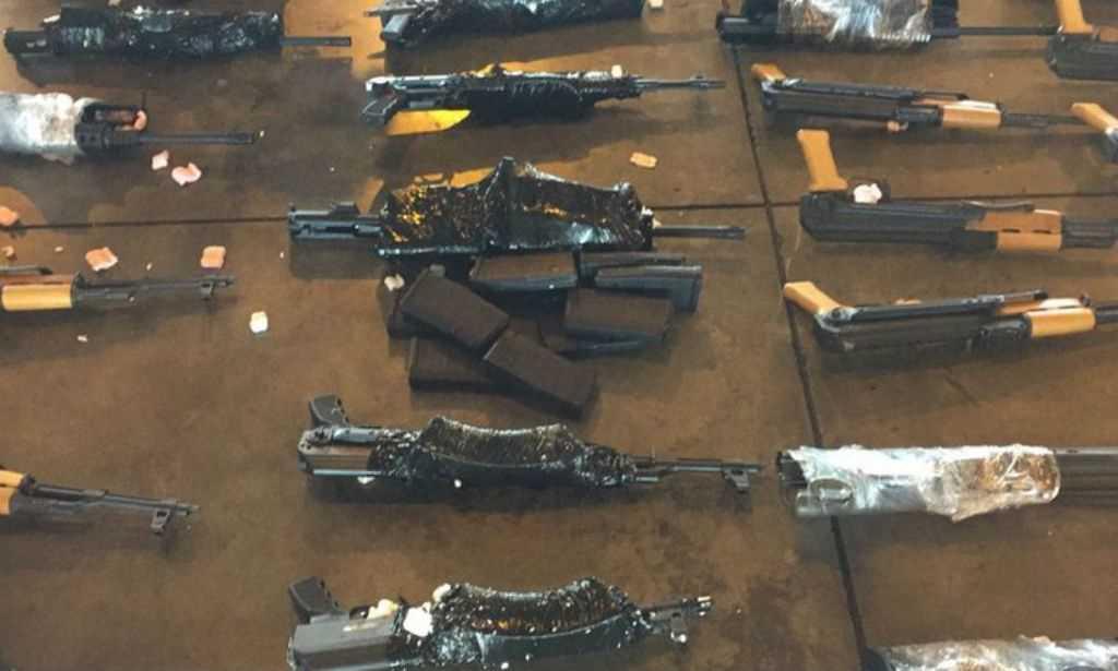 Apreensão gigantesca de ARMAS no aeroporto de Rio de JANEIRO