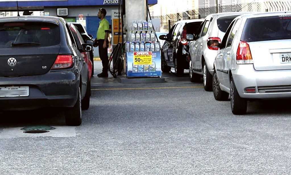 Governo reduzirá PIS/Cofins de etanol ao distribuidor para R$ 0,1109, diz fonte