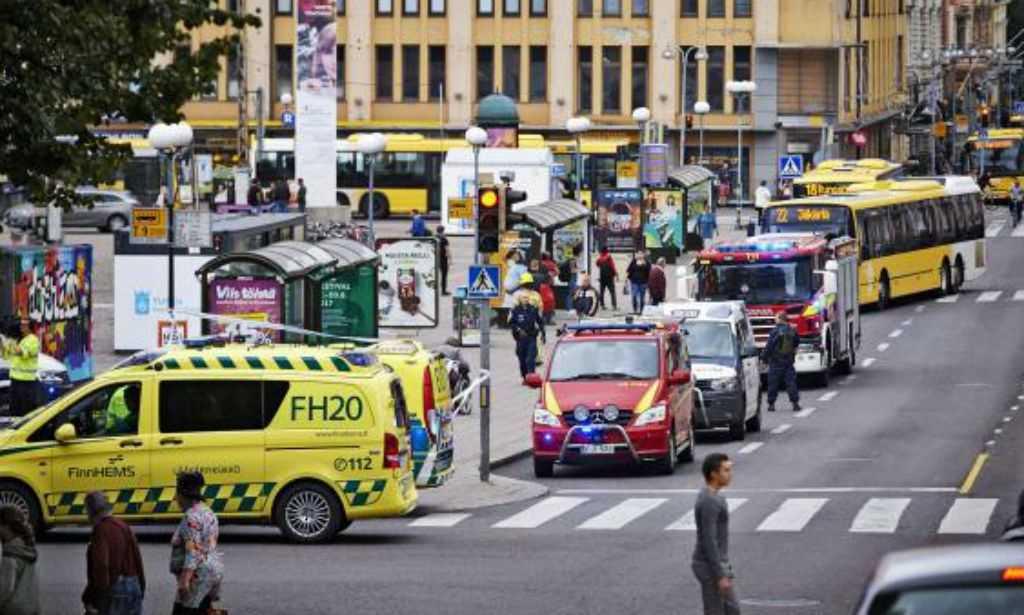 Polícia confirma 2 mortos e 8 feridos na Finlândia