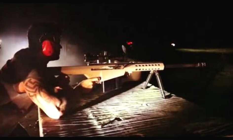 Resultado de imagem para Gusttavo Lima publica vídeo com fuzil e declara apoio a Bolsonaro