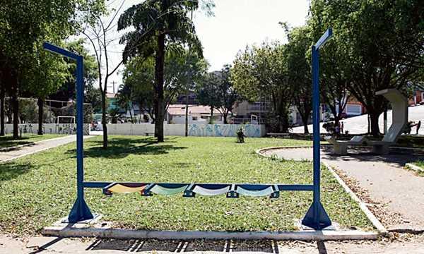 Moradores cobram manutenção em praça localizada no bairro Planalto Diário do Grande ABC - Notícias e informações do Grande ABC: Santo André, São Bernardo, São Caetano, Diadema, Mauá, Ribeirão Pires e Rio Grande da Serra