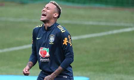 Neymar treina normalmente e viaja com a seleção para encarar a Costa Rica Diário do Grande ABC - Notícias e informações do Grande ABC: Santo André, São Bernardo, São Caetano, Diadema, Mauá, Ribeirão Pires e Rio Grande da Serra