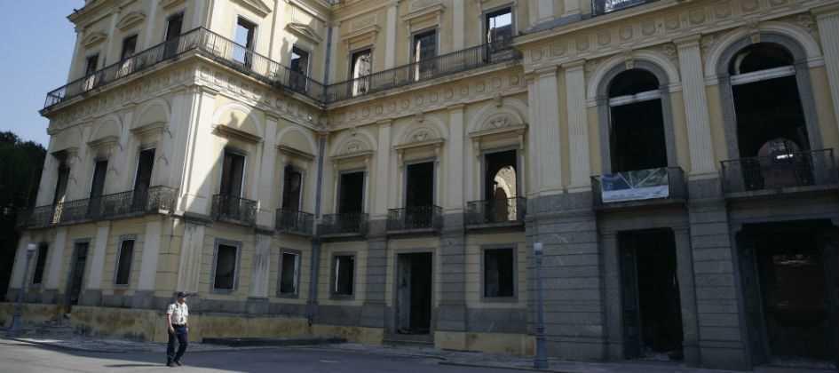 Resultado de imagem para MEC libera R$ 8,5 mi para reconstrução do Museu Nacional no Rio Janeiro