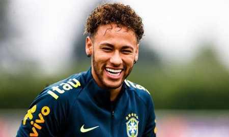 Neymar chega à Granja Comary e se junta à seleção brasileira Diário do Grande ABC - Notícias e informações do Grande ABC: Santo André, São Bernardo, São Caetano, Diadema, Mauá, Ribeirão Pires e Rio Grande da Serra